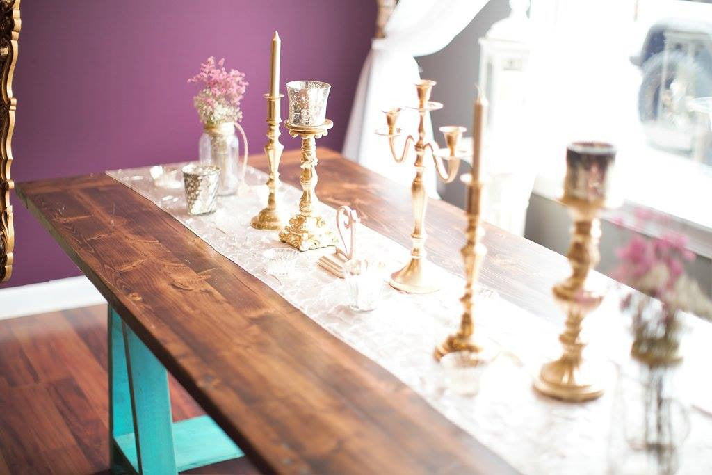 Sawhorse Queens Table