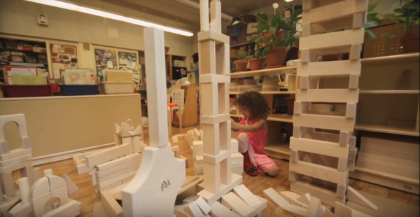 Unit blocks in a classroom from Community playthings video.