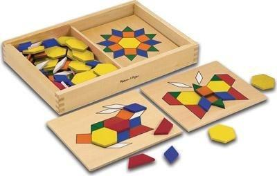 Pattern Blocks and Board - Set of 5 - louisekool