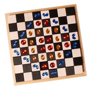 Small Chess Set - louisekool