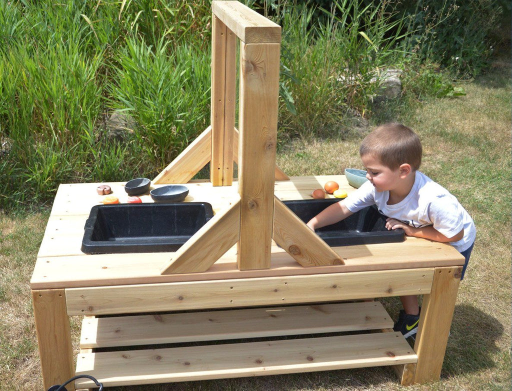 Toddler Explorer Mud table with Social Distancing divider - louisekool