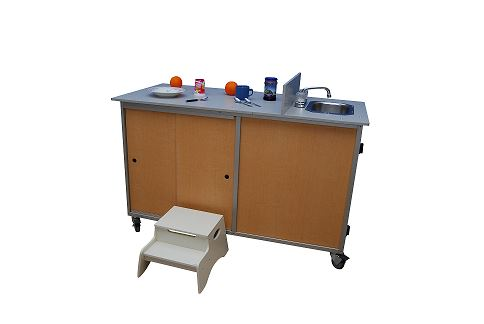 Toy disinfectant/Food preparation cart with portable self contained sink - louisekool