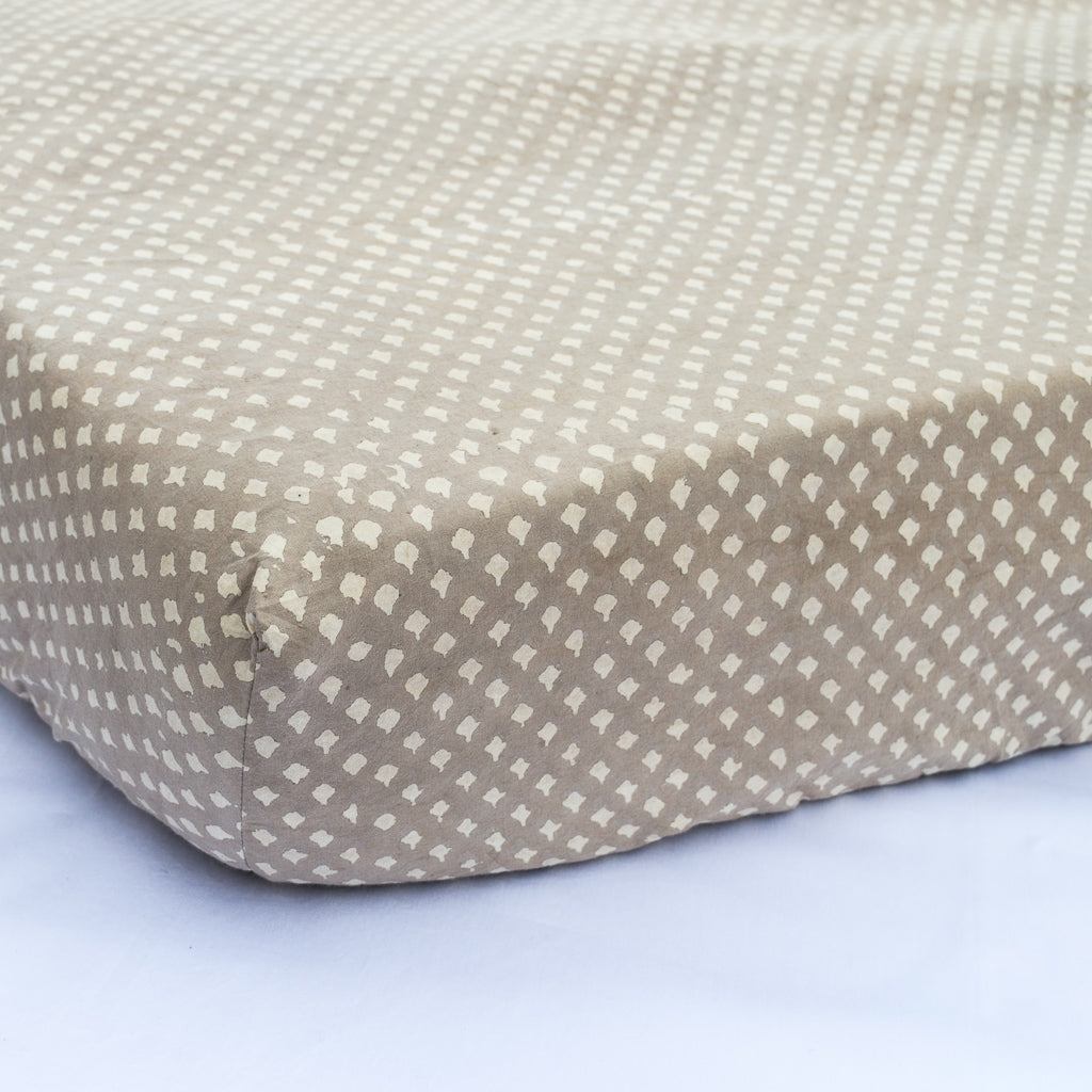 Handmade Natural Dyed Organic Cotton Crib Sheet - Kashish Plane