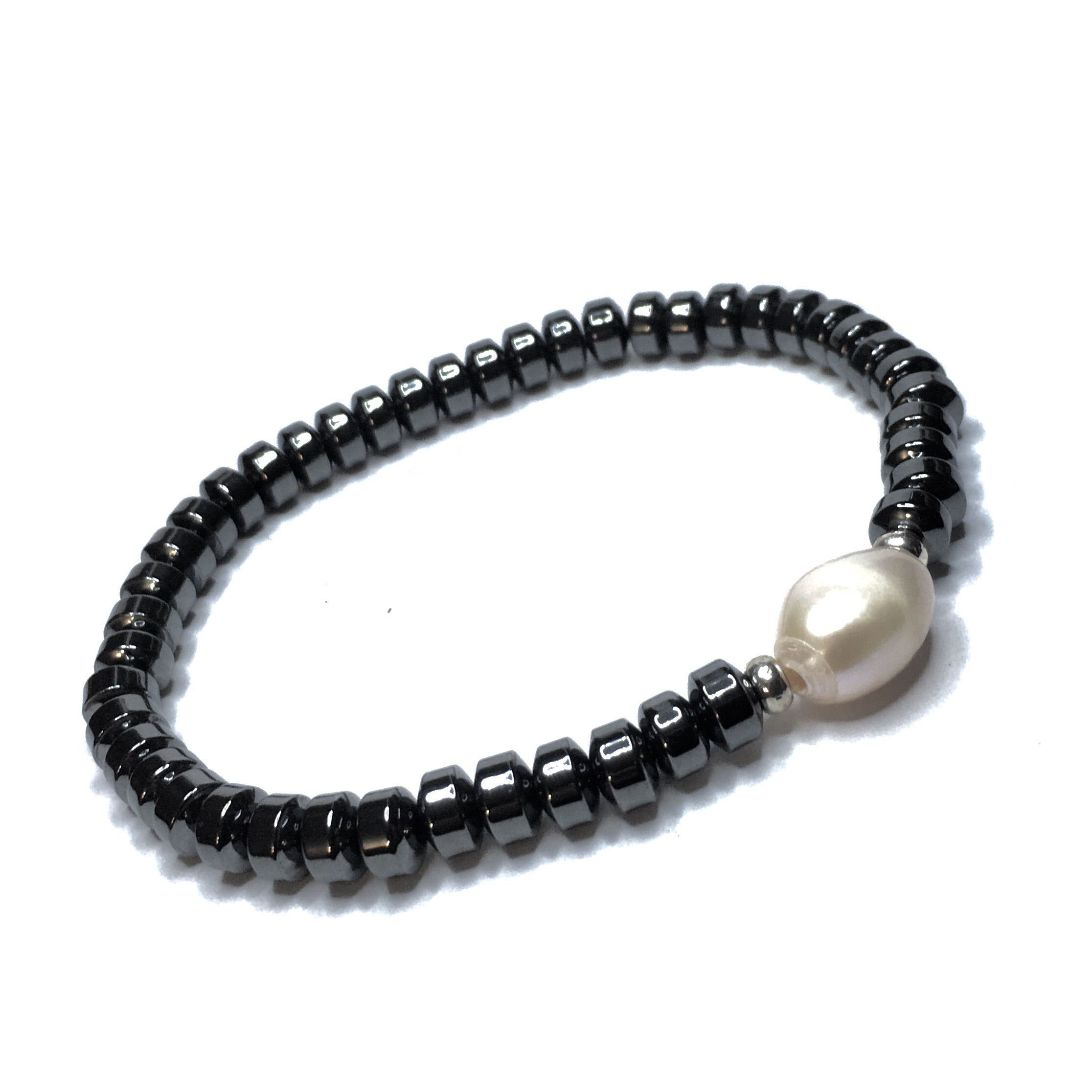 HEMATITE CROWNS SINGLE PEARL - SIMPLY SOFIA