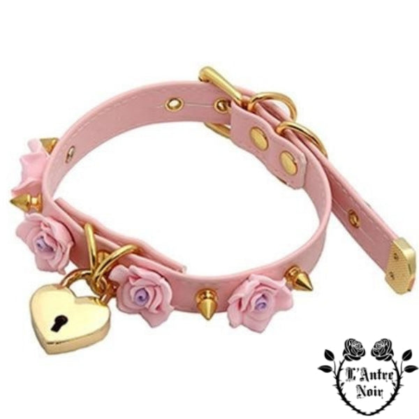 collier gothique rose
