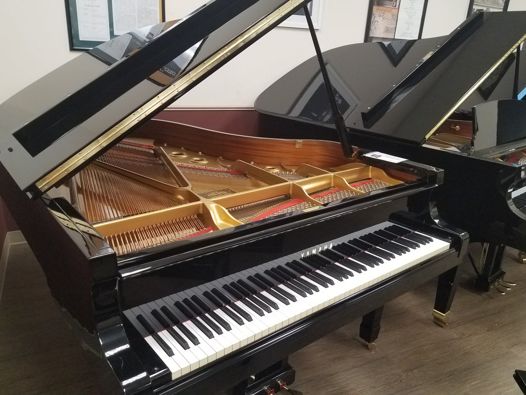 "Yamaha Model S400 Grand Piano (6'3"") - [1983] Preowned"