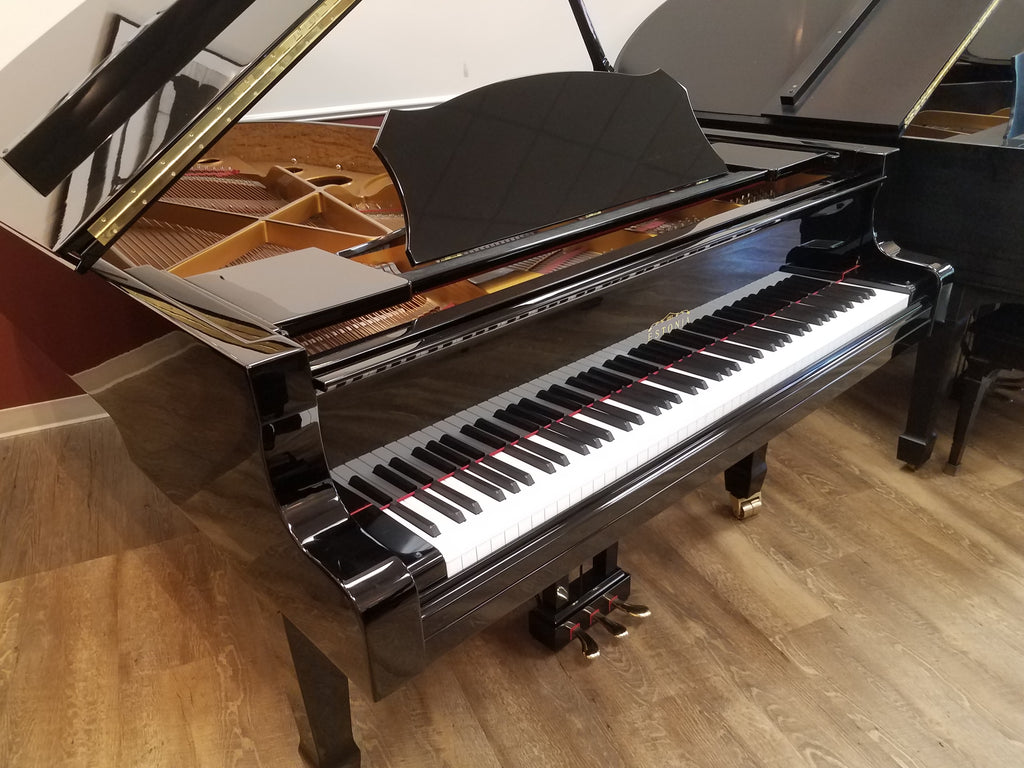 "Estonia Model 210 Grand Piano (6'10"") - [2017] Preowned"