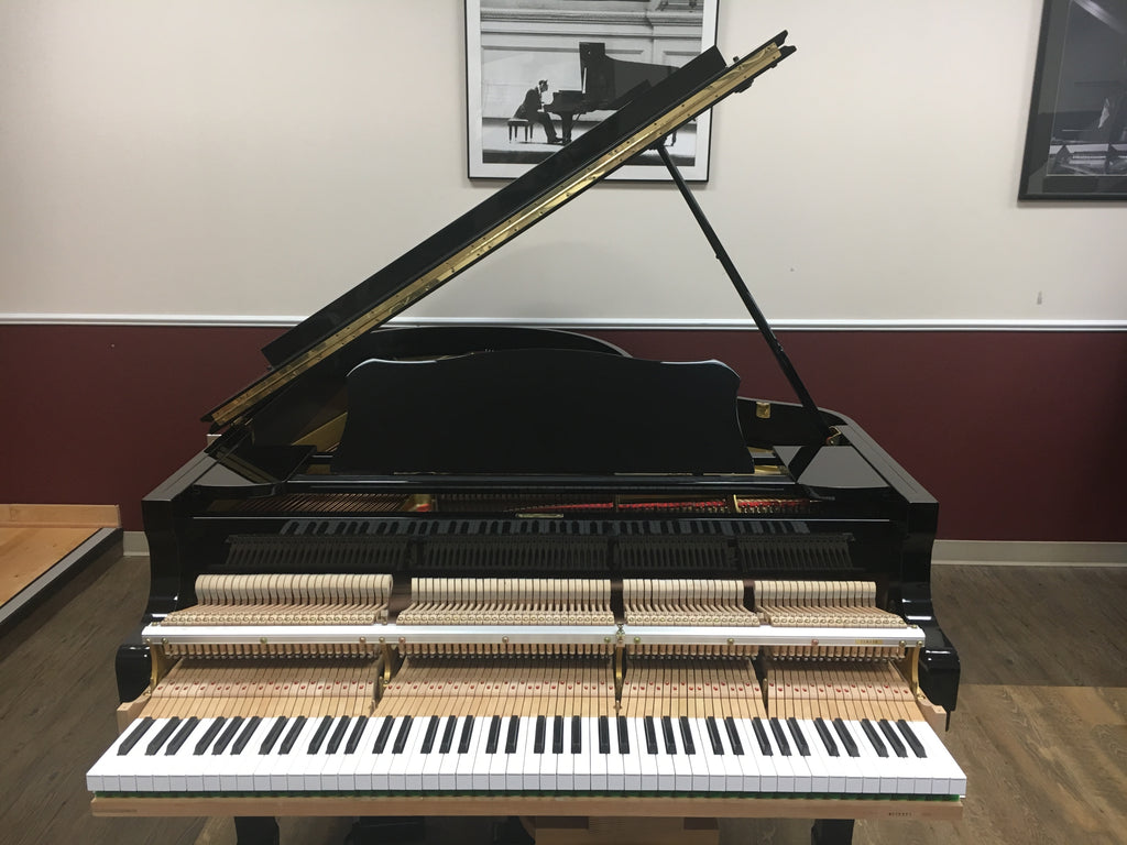 Used Yamaha Grand Piano for sale model C5