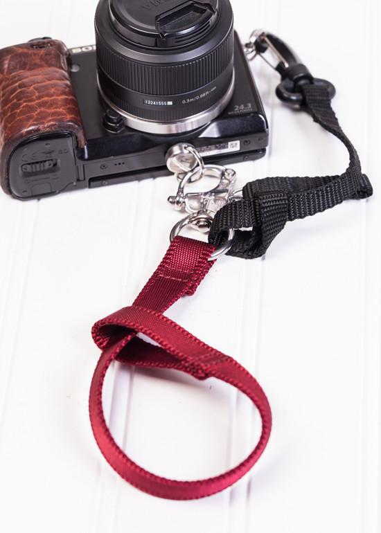 Hold Fast Gear - Camera Swagg Camera Leash (Colour: Red)