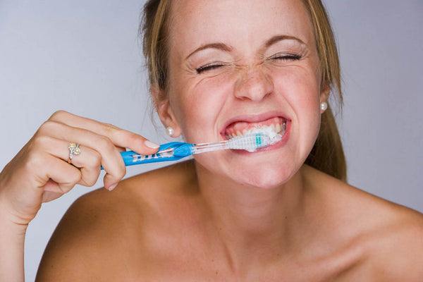 Brushing Properly is the Cornerstone of A Healthy Smile
