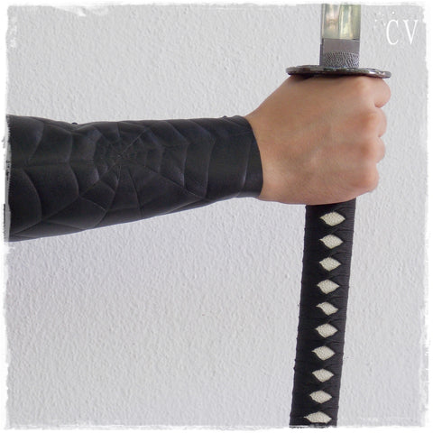Spider-Web Black Leather Arm-Guard