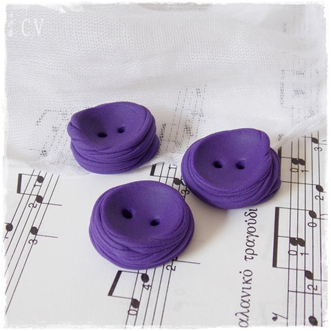 Round Purple Buttons ~