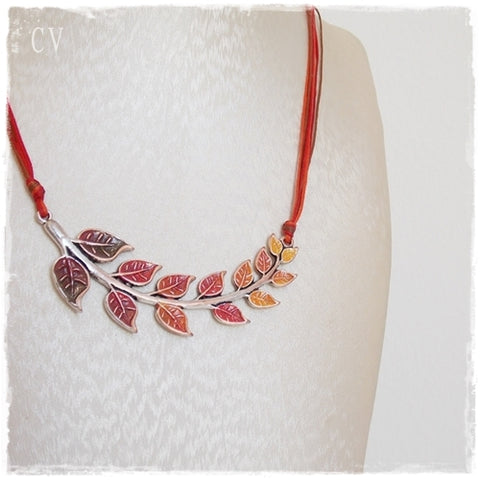 Leaf Ladder Autumn Necklace