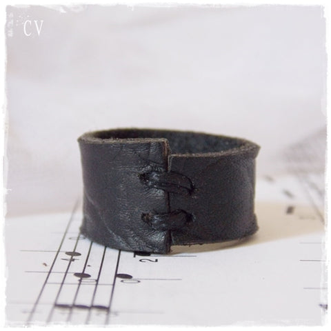 Black Leather Ring ~