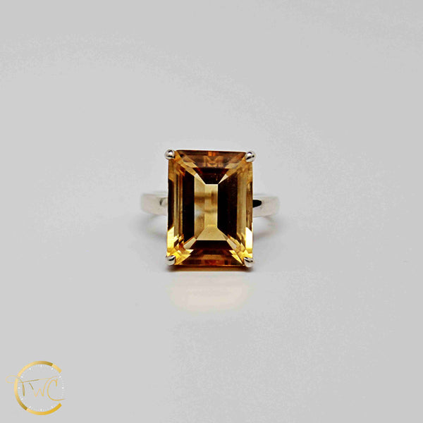 Tiffany & Co Sparklers Cocktail ring Emerald cut 9 carat Citrine