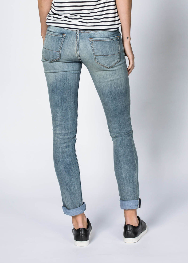 Performance Denim Straight - Vintage Tint