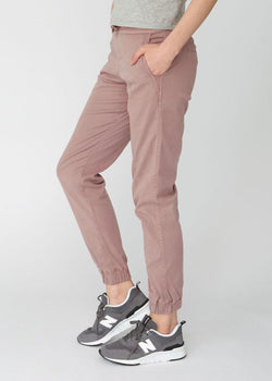 Woman wearing pink Athletic Jogger side