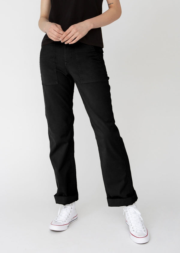 Womens lightweight utility pant black front