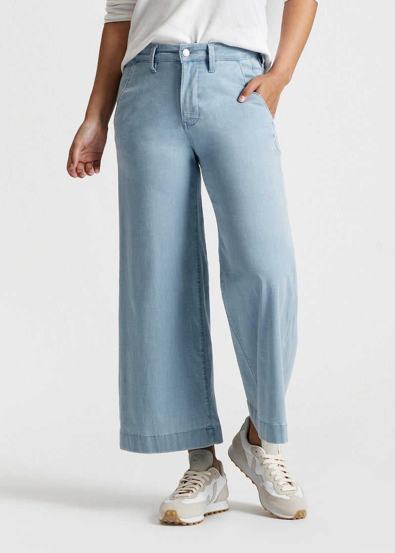 women's light blue wash high rise wide leg cropped lightweight jeans front