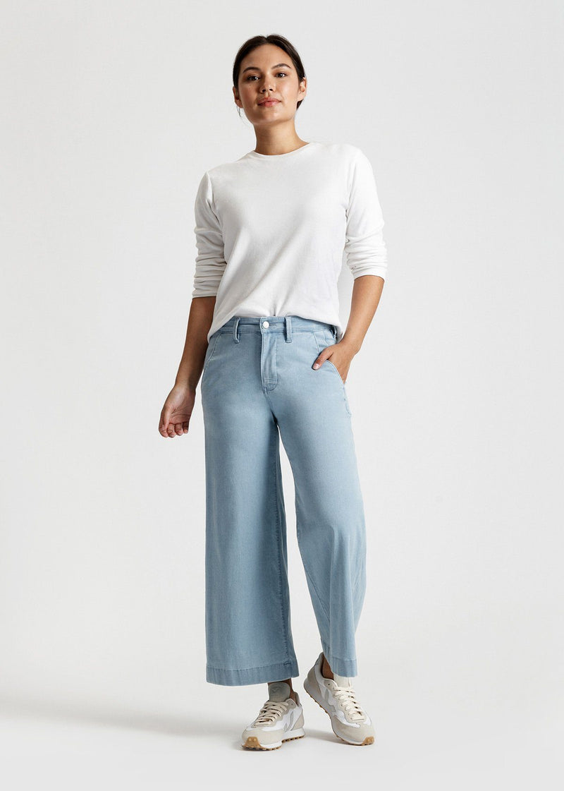 women's light blue wash high rise wide leg cropped lightweight jeans full body
