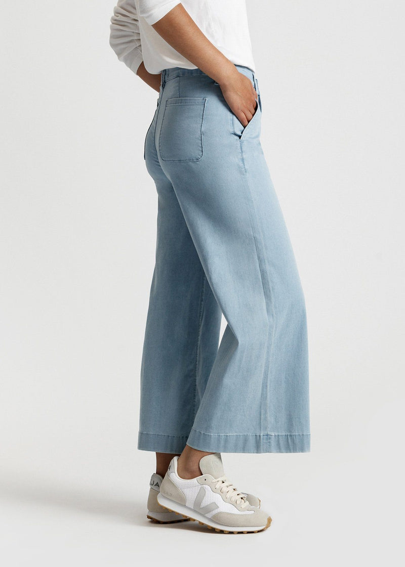 women's light blue wash high rise wide leg cropped lightweight jeans side