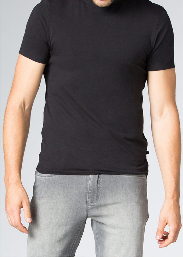 mens black breathable lightweight t-shirt front