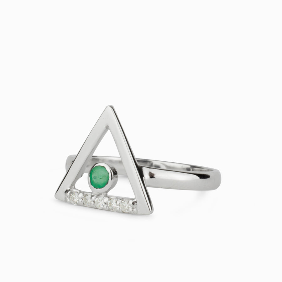 Triangulo: Emerald & Diamond Ring