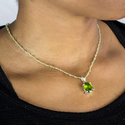 Peridot beaded chain necklace with pendant on model