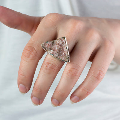 Apophyllite ring on model