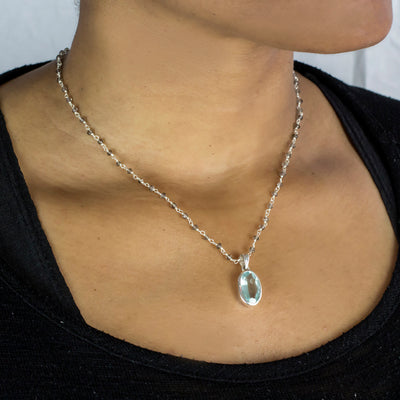 Smokey Quartz beaded chain necklace with pendant on model