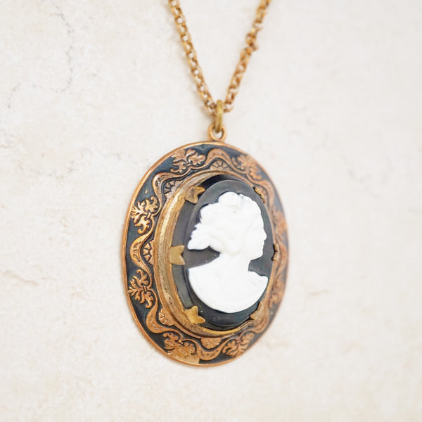Edith Cameo Necklace