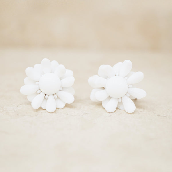 Vintage Articulating White Flower Earrings, 1960s