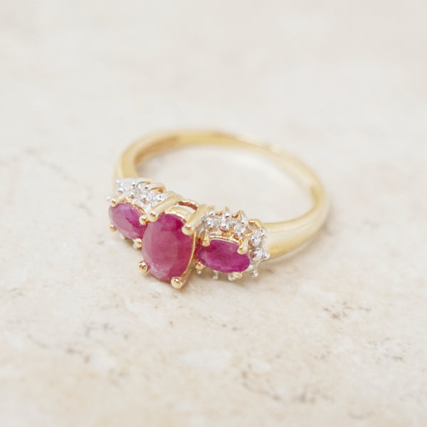 Vintage 14K Gold Ruby & Diamond Ring (Size 9), 1980s