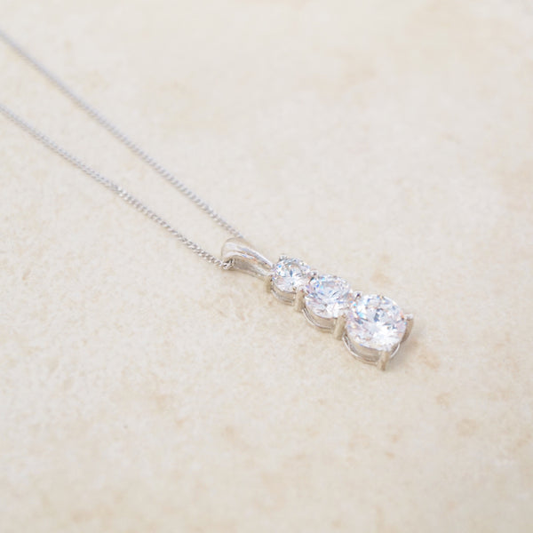Sterling Silver & Swarovski Pendant Necklace