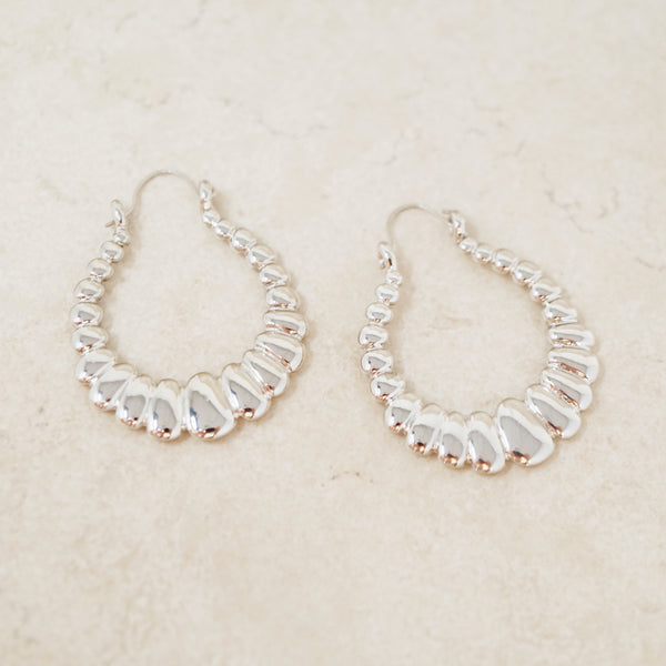 "Vintage Silver 1960s Scalloped ""U"" Hoops"