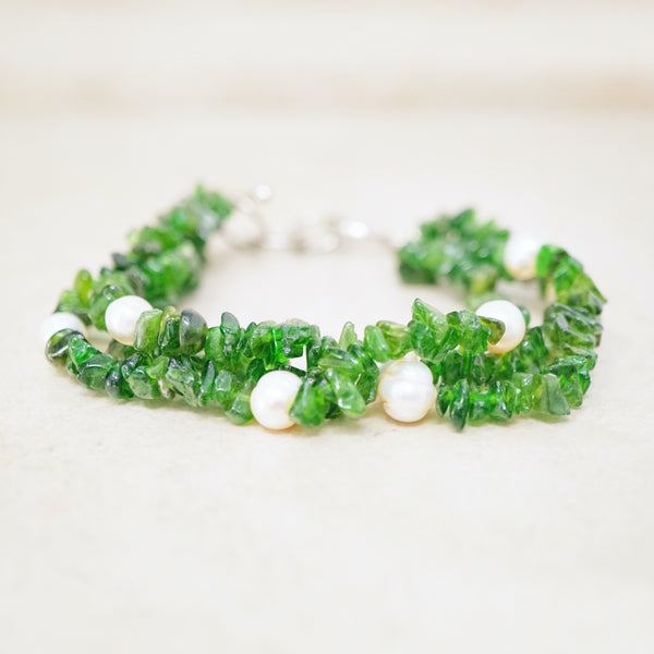 Green Quartz Bracelet with Pearl Accents