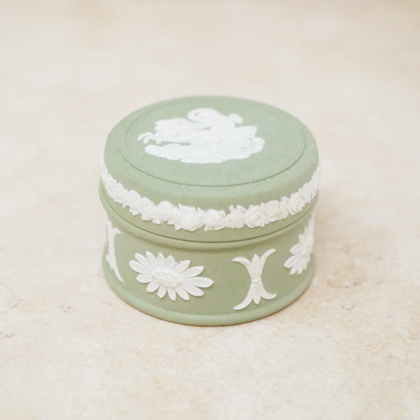 Antique Green & White Jasperware Ceramic Trinket Box by Wedgwood (Small), 1860s