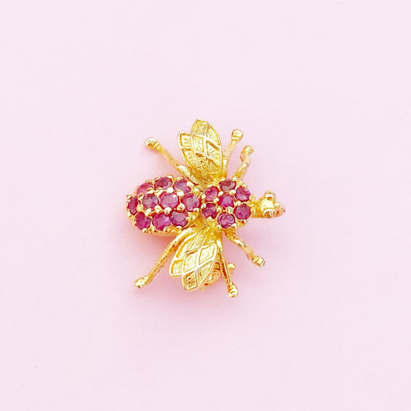 Vintage 10K Gold Dainty Bee Figural Brooch with Genuine Ruby Gemstones, 20th Century