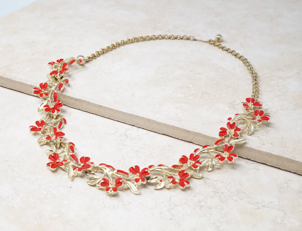 Red Lily Necklace