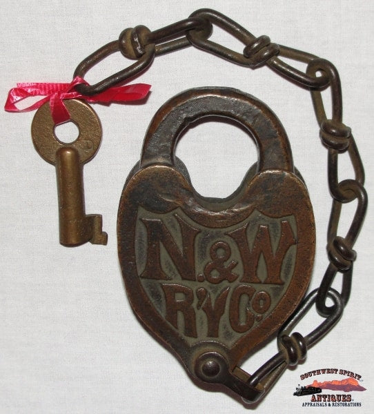 N&wryco. - Norfolk & Western Railway Co. Brass Fancy Cast Heart Shaped Lock Key Railroadiana