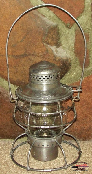 Rock Island Lines Handlan Double Wire Guard Lantern With Clear Cast Corning Globe. Railroadiana