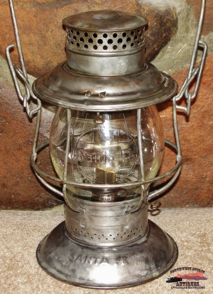 Santa Fe Railway 1913 Adlake Reliable Bell Bottom Lantern With Clear Cast Globe Railroadiana