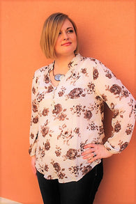 Plus Size V Neck Floral Top