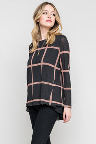 Grid Pattern Contrast Top
