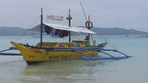 ISLAND HOPPING GOOD FOR 1-8 PERSON with LUNCH BOX