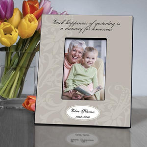 Personalized Memorial Frame - Each Happiness | JDS