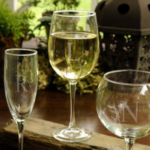 Personalized Wine Glasses - White Wine - Glass - Wedding Gifts - 19 oz. | JDS