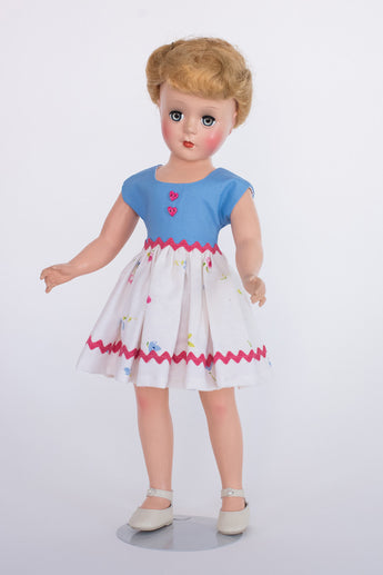 Gigi Doll - Short Dress with Heart Buttons