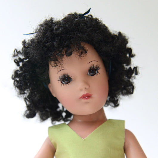 Playdoll - Dark Short and Curly Hair - Ethnic skin tone