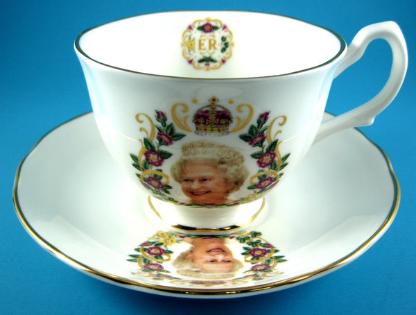 Cup And Saucer Queen Elizabeth II Diamond Jubilee English Photo Gold